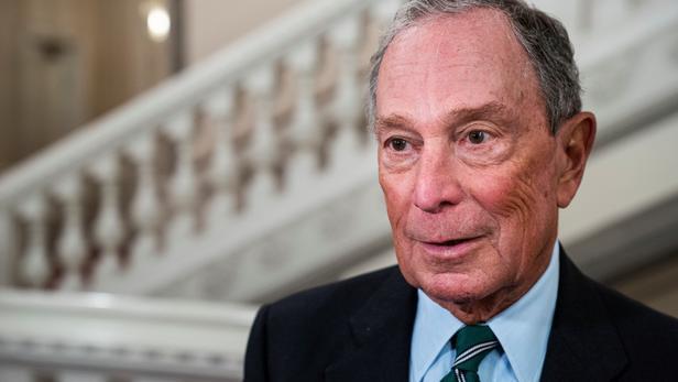 Michael Bloomberg fait appel à des influenceurs pour créer des « mèmes » sur Instagram