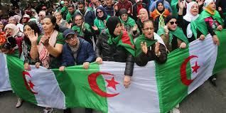 « Aujourd'hui, en Algérie, on fait notre travail de citoyen et on demande aux élus de faire le leur »