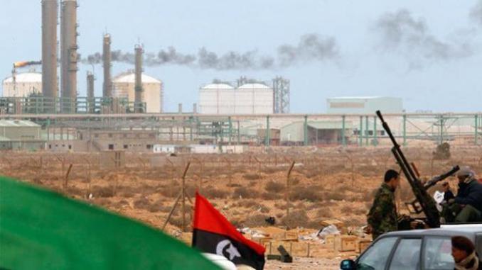 Mustafa Sanalla : « Le blocage du pétrole est un désastre pour la Libye » Alors que la production d'or noir a chuté de 90 % en un mois, le président de la National Oil Corporation s'alarme d'une situation « catastrophique » pour la population et l'économie.