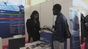 Sénégal : faire ses études en France, un dilemme compliqué par l'augmentation des frais d'inscription
