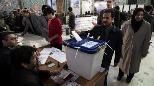 Législatives en Iran : les conservateurs à la recherche de tous les pouvoirs