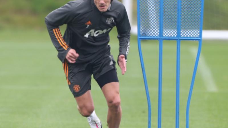 Manchester United : Cavani à l'entraînement à deux jours du match contre le PSG