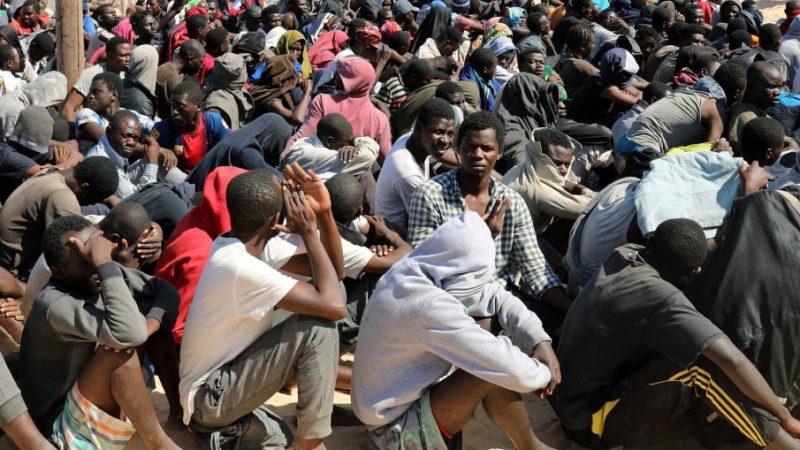«Barça ou Barsax» : 405 migrants clandestins arrêtés en un mois