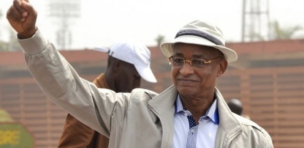Guinée : Les diplomates mettraient la pression sur Alpha Condé pour qu'il accepte sa défaite