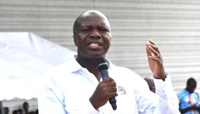 """Mabri Toikeusse à Ouattara : """"Un État voyou mérite une désobéissance civile"""""""
