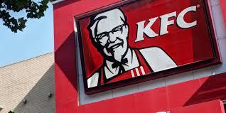 Un homme ouvre le feu sur un KFC du Tennessee après une erreur dans sa commande