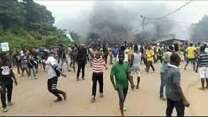 Présidentielle en Côte d'Ivoire: un «mort» et des «blessés graves» lors des manifestations