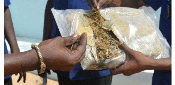 Un marchand ambulant arrêté avec 10 kg de chanvre indien