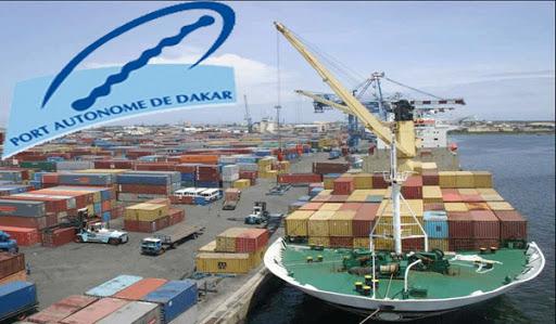 Au Port de Dakar, « il n'y a pas de bouche d'incendie, encore moins de poteau d'incendie »