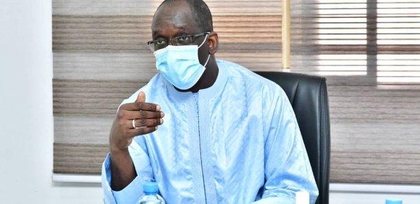 Covid-19 : Diouf Sarr, premier Sénégalais à être vacciné