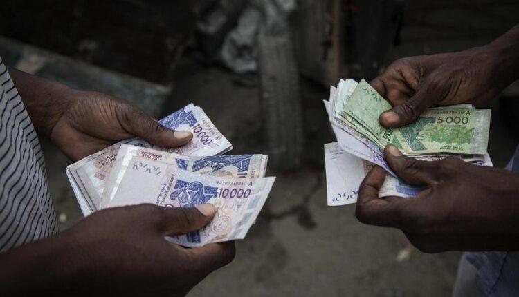 Business : Voici comment j'ai gagné presque 10 fois mon salaire Een un mois