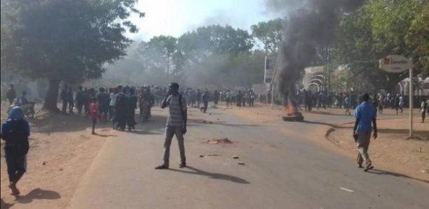 Vendredi noir à Sédhiou : Les jeunes en furie, la mairie et l'inspection d'académie saccagées