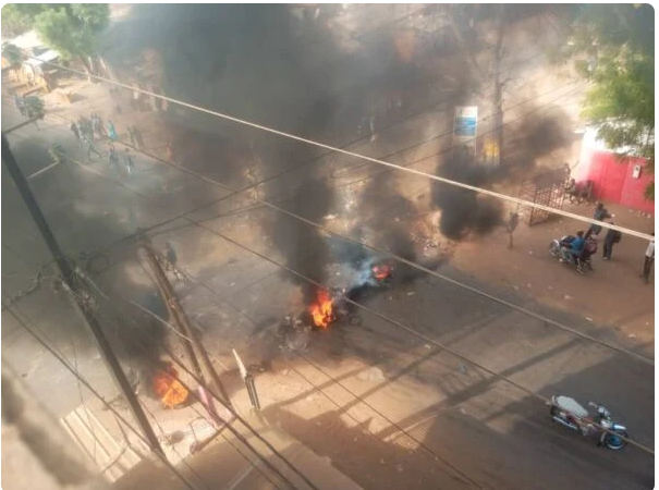 Manifestations Pro-Sonko : Tambacounda entre dans la danse, les rues prennent feu (Photos)