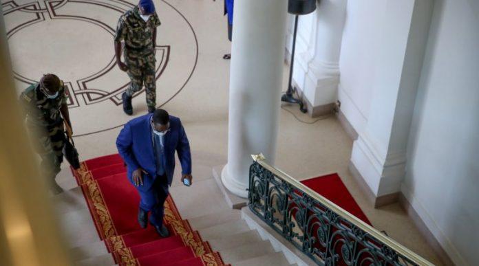 Affaire Sonko: Toussaint Manga appelle à la démission de Macky et des élections anticipées